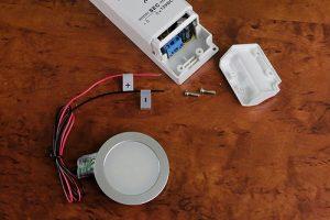 Anschluss einer LED Einbauleuchte an einen LED Trafo