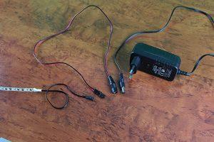 Anschluss eines LED Streifens an ein Steckernetzteil