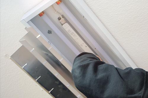 LED-Röhren einsetzen