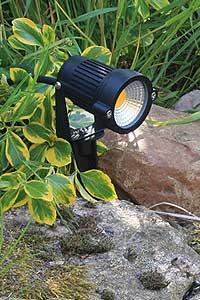 LED Außenbeleuchtung - Gartenstrahler und Gartenspots