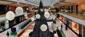 Prächtige Weihnachtsbeleuchtung mit LED-Geflechtkugeln für Geschäftsräume und Freizeiteinrichtungen